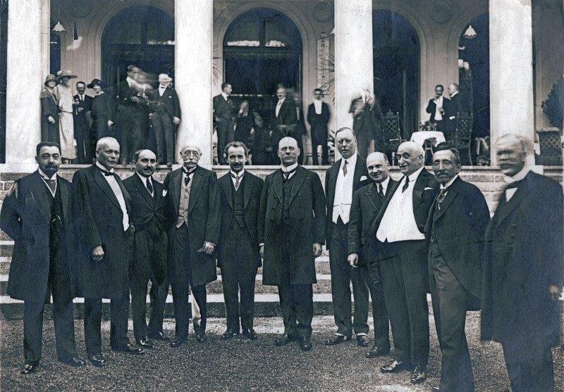 Köşe yazarları Lozan Antlaşması'nın 96. yıldönümünde ne yazdı? |  Independent Türkçe