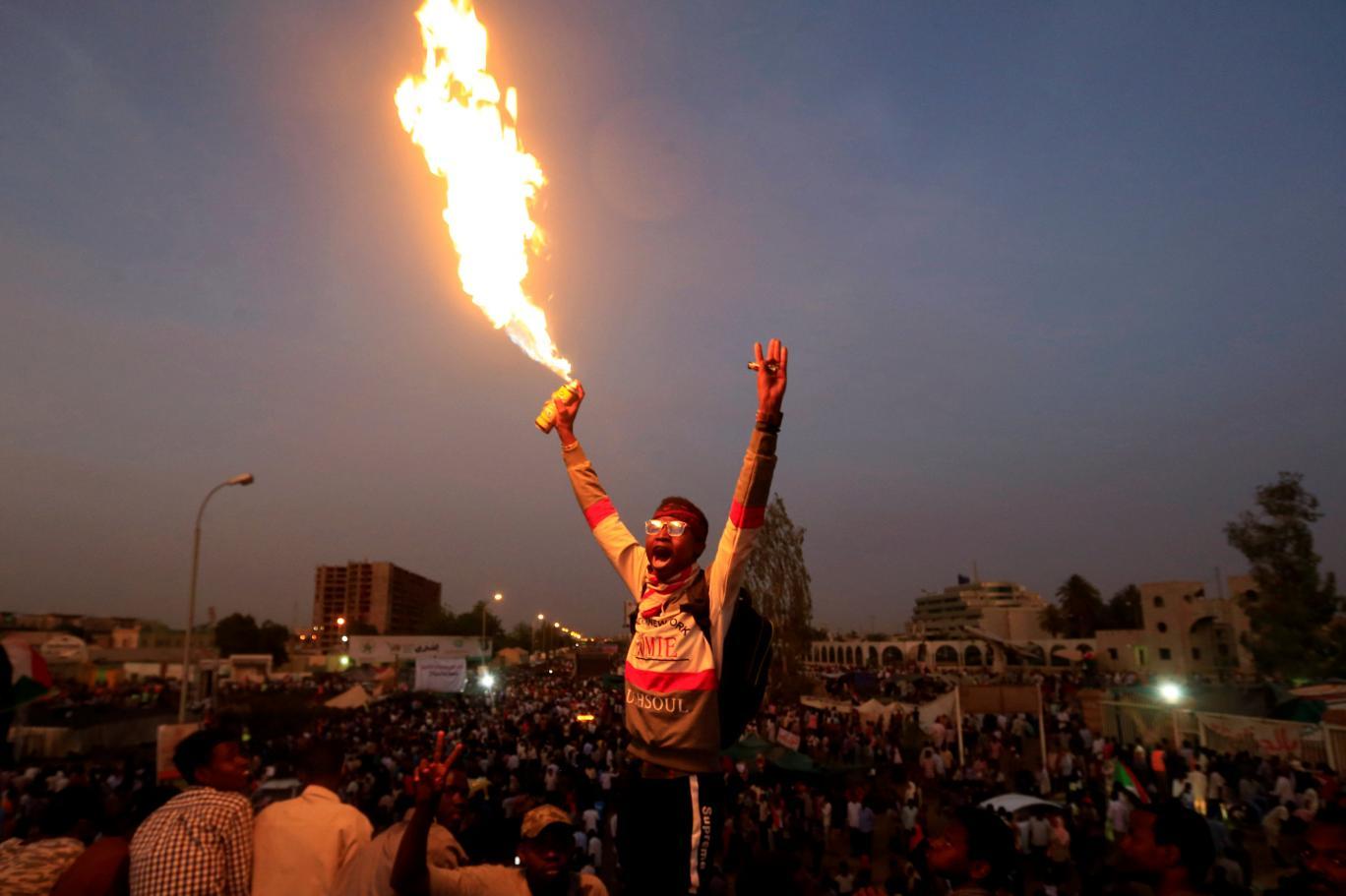 sudan protesto 6 Reuters.jpg