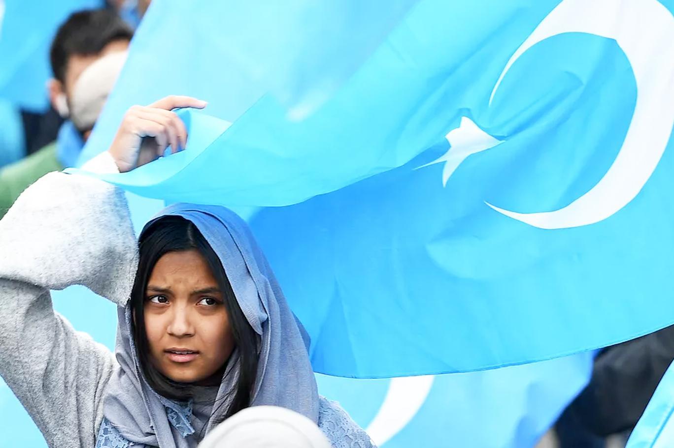 Çin hükümetinden Doğu Türkistan raporu: Uygurlar Türk değil