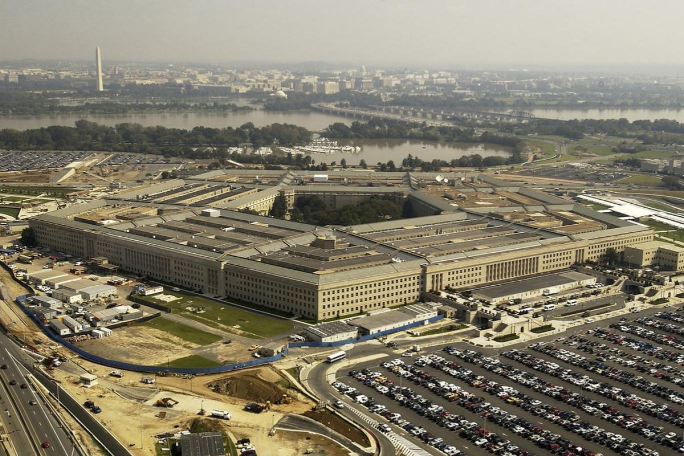 """Pentagon'un """"koronavirüs nedeniyle 100 bin ceset torbası temin edeceği"""" iddiası"""