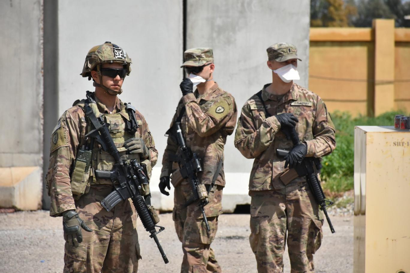 Son iki haftada Irak'ta 3 üsten çekilen ABD bir üssü daha boşalttı