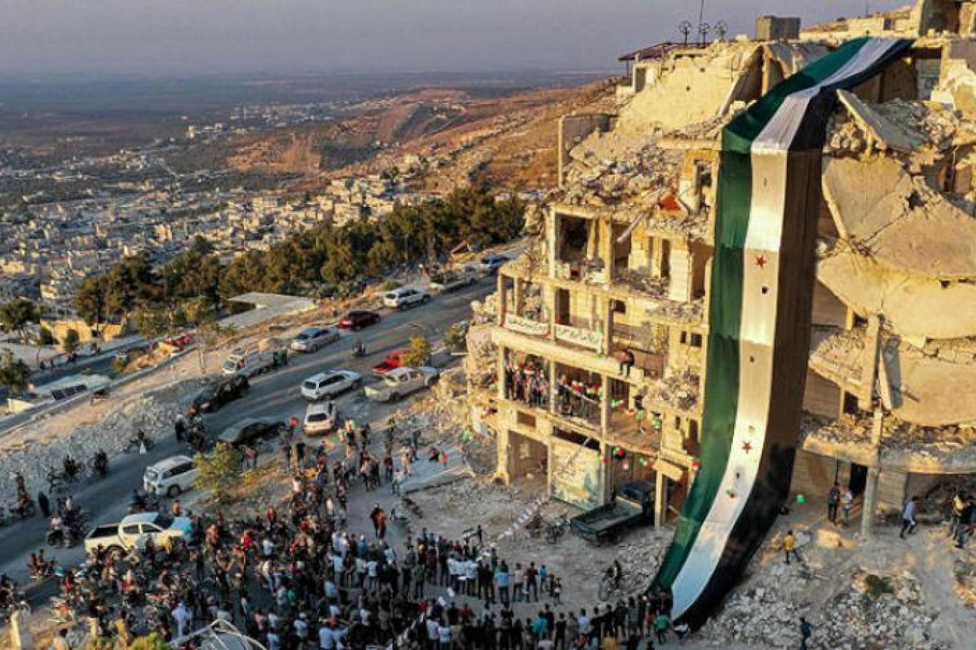 Suriye'nin yeni kabinesinde 12 bakan değişti | Independent Türkçe