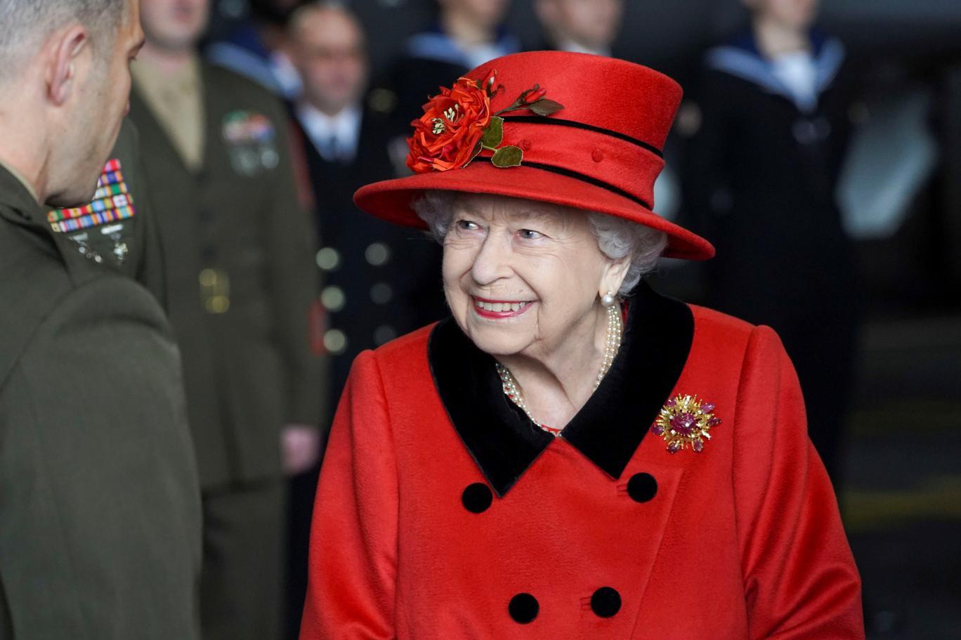Oxford Üniversitesi öğrencileri, Kraliçe Elizabeth'in portresini okuldan kaldırdı | Independent Türkçe