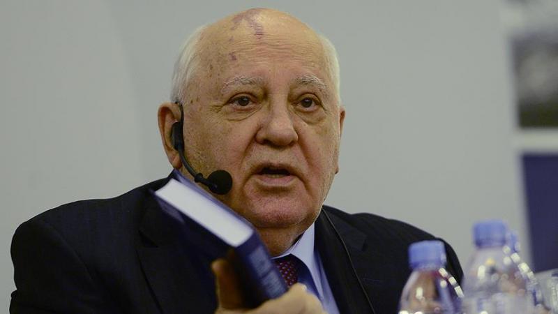 Gorbaçov. AA.jpg