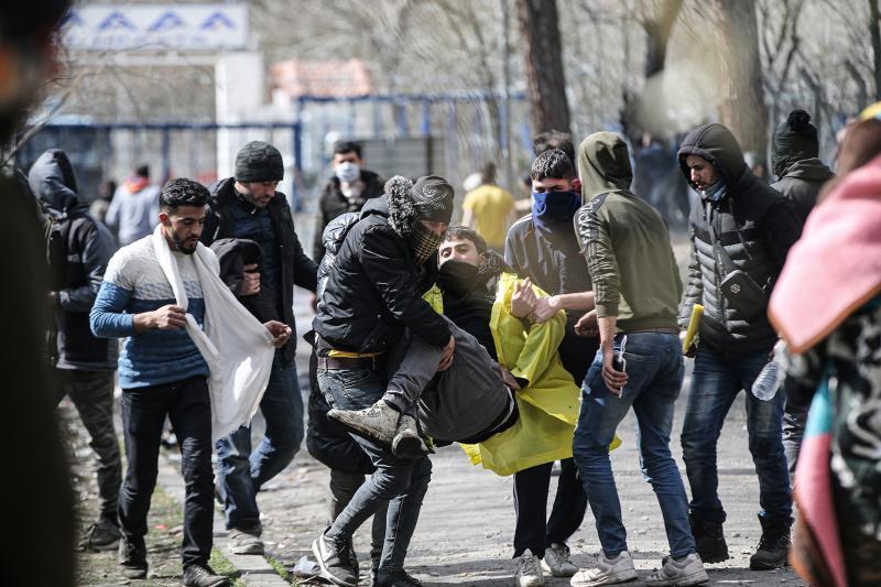 Göçmenler sınır AA (2).jpg