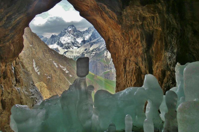 Türkiye'nin en büyük buzulu eriyor (Hacı Tansu) (4).jpg