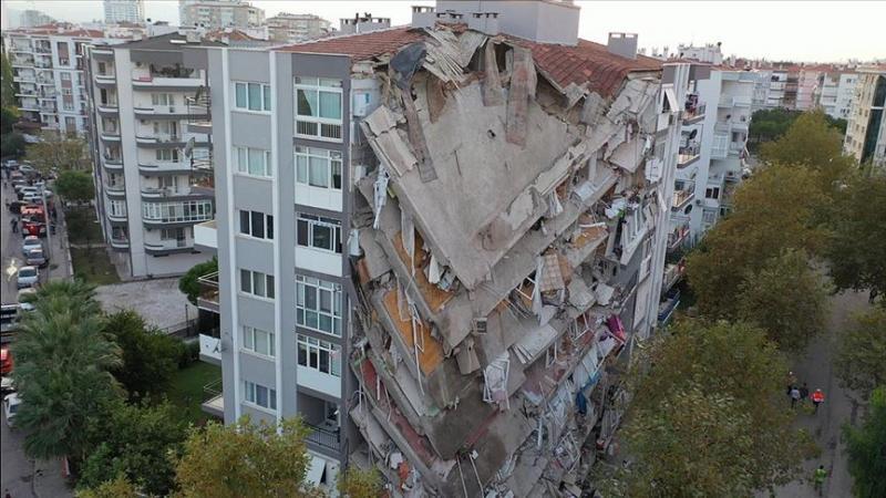 İzmir deprem AA.jpg