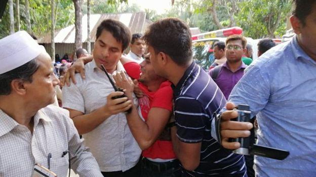 Nusret Cihan Rafi'nin ağabeyi- Bangladeş.jpg
