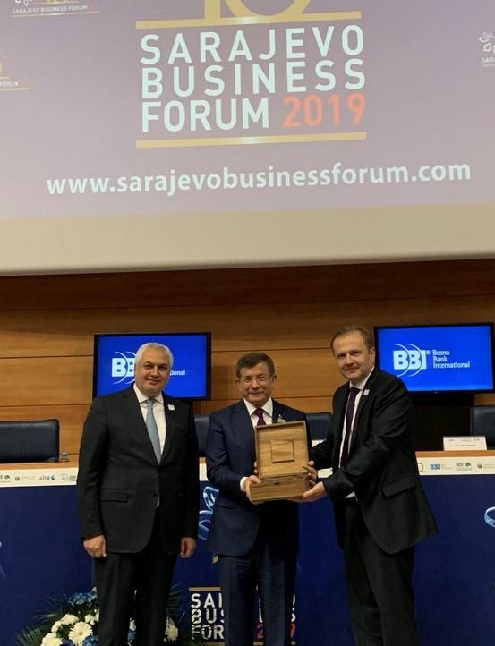Ahmet Davutoğlu (2).jpg