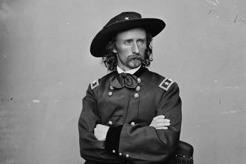 foto2 Amerikalı Komutan George Caster'e ait fotoğraf.jpg