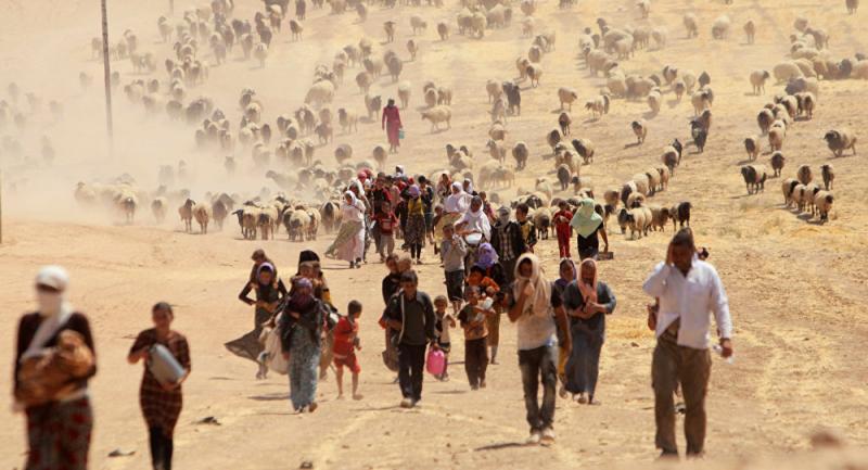 IŞİD'ten kaçan Ezidiler.jpg
