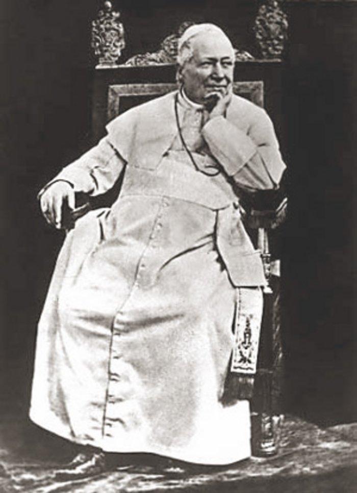 1- Papa 9. Pius'un fotoğrafı.jpg