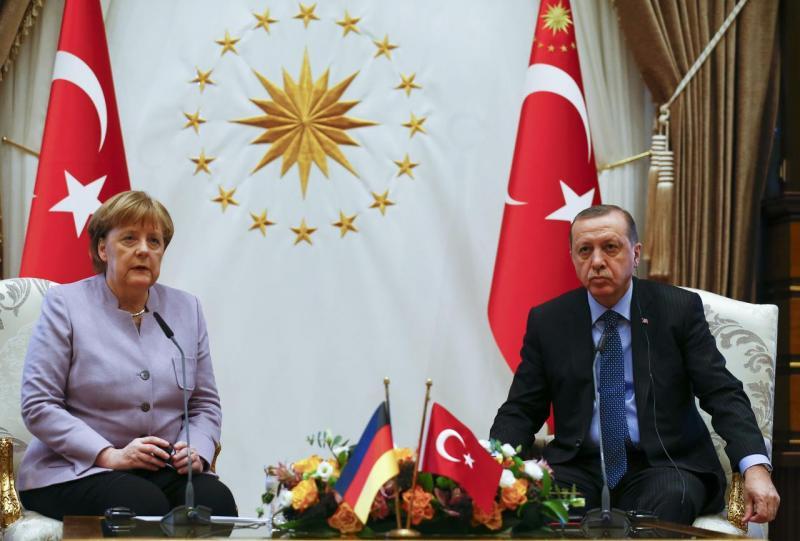 Merkel 15 Temmuz darbe girişiminin ardından 2 Şubat 2017'de Türkiye'yi ziyaret etmişti  Fotoğraf Reuters.jpg