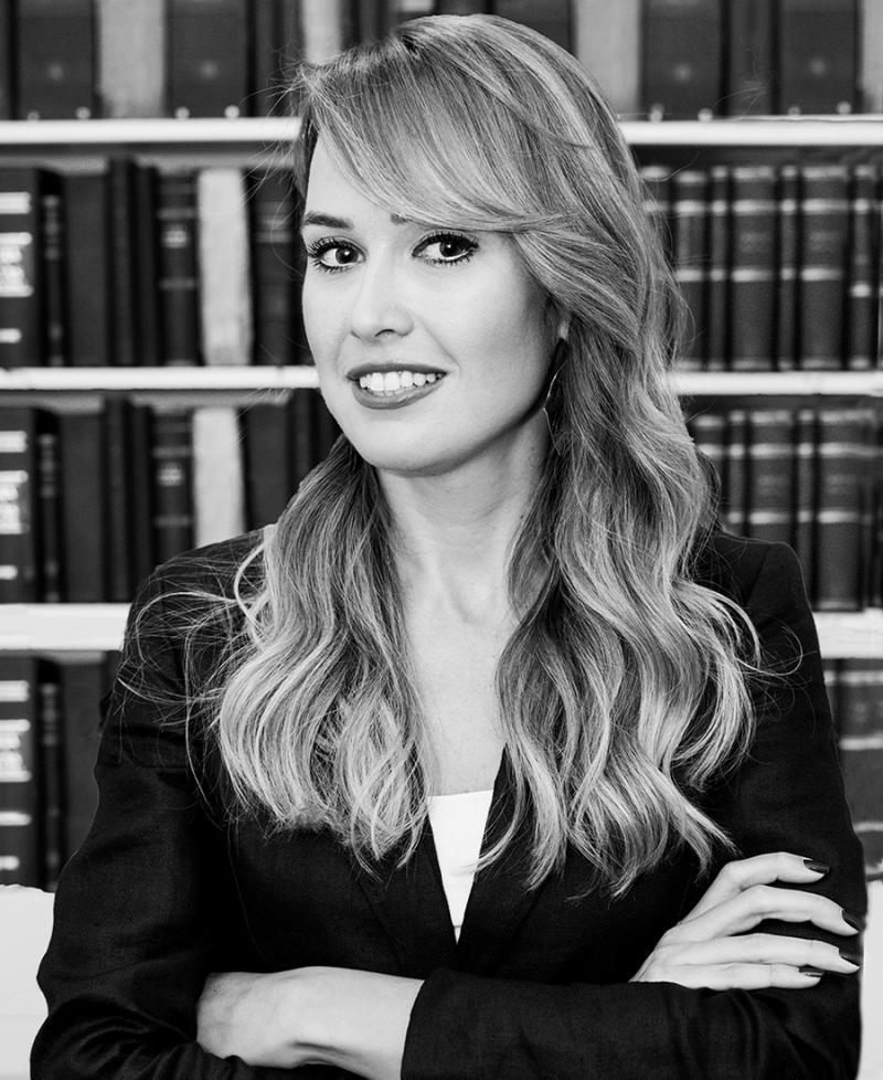 Avukat Melda Çavdar Çobanoğlu.jpg