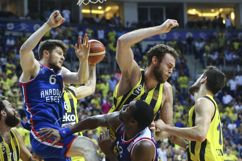 FB Efes Final  2 AA.jpg