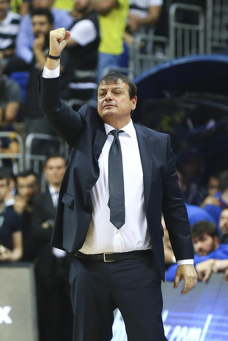 FB Efes Final  Ergin Ataman  AA.jpg