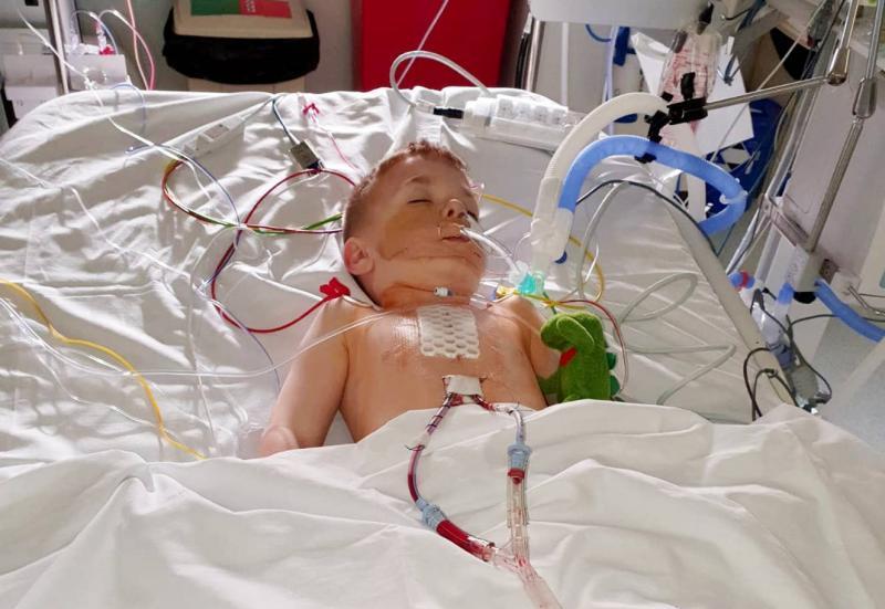 Joey Watts ameliyat.jpg