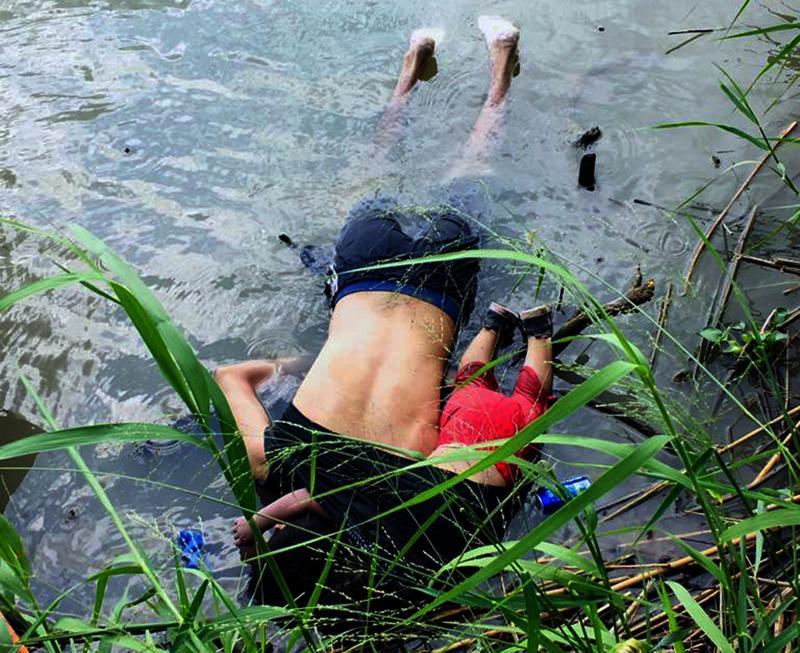 Boğulan Meksikalı göçmen baba kız - AFP (3).jpg