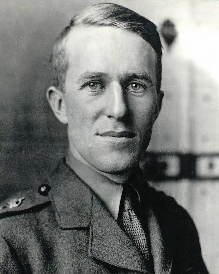 Thomas Edward Lawrence - Vikipedi.jpg