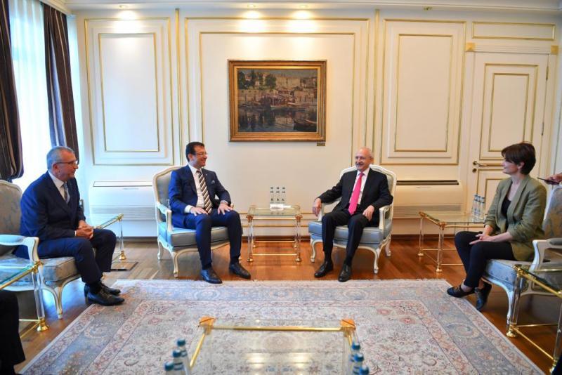 Kılıçdaroğlu'ndan İmamoğlu'na ziyaret - Saraçhane- CHP Basın Birimi.JPG