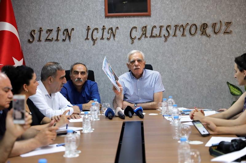 Ahmet Türk (2).jpg