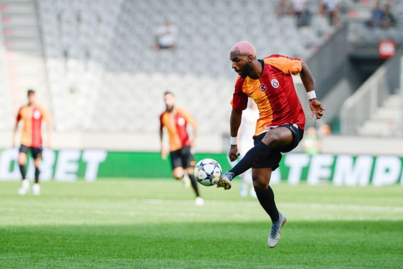 Ryan Babel - AA.jpg