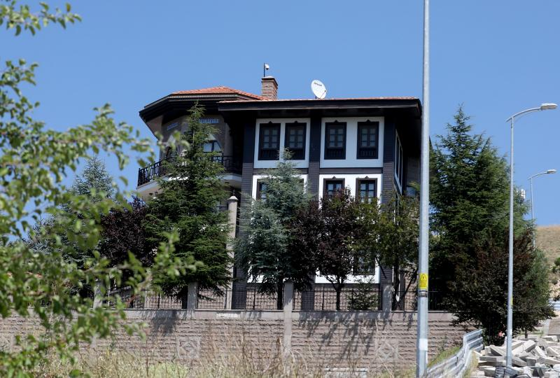 Bahçeli ev