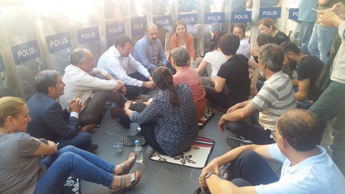 HDP'nin protesto eylemleri sürüyor