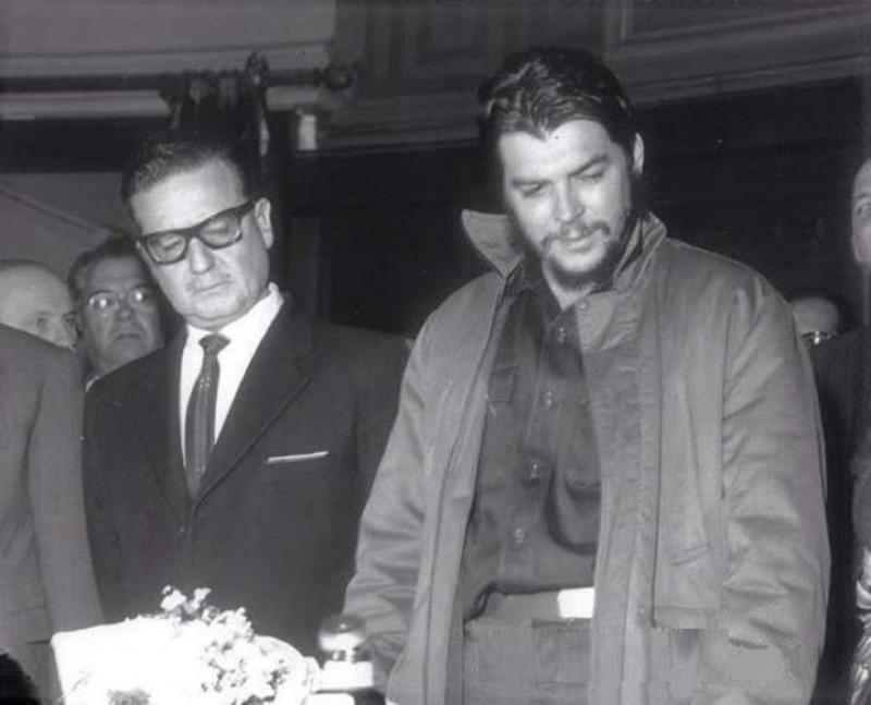Salvador Allende - Che Guevera.jpg