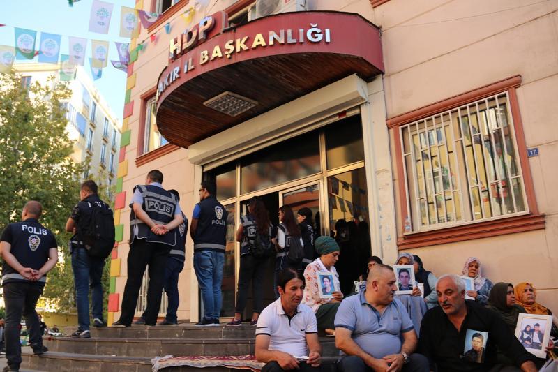 HDP-önünde-eylem.jpg