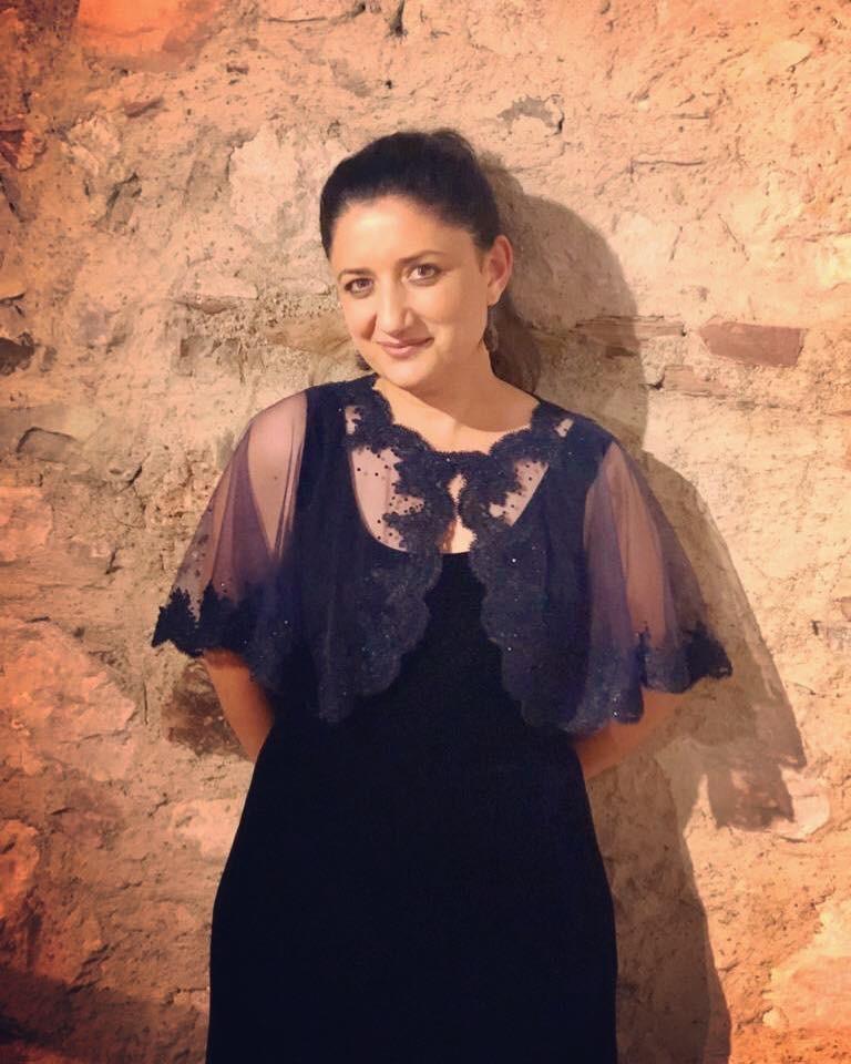 soprano Pervin Çakar (1).jpeg
