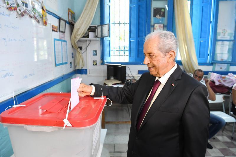 Tunus geçici Cumhurbaşkanı Muhammed Nasır AA.jpg