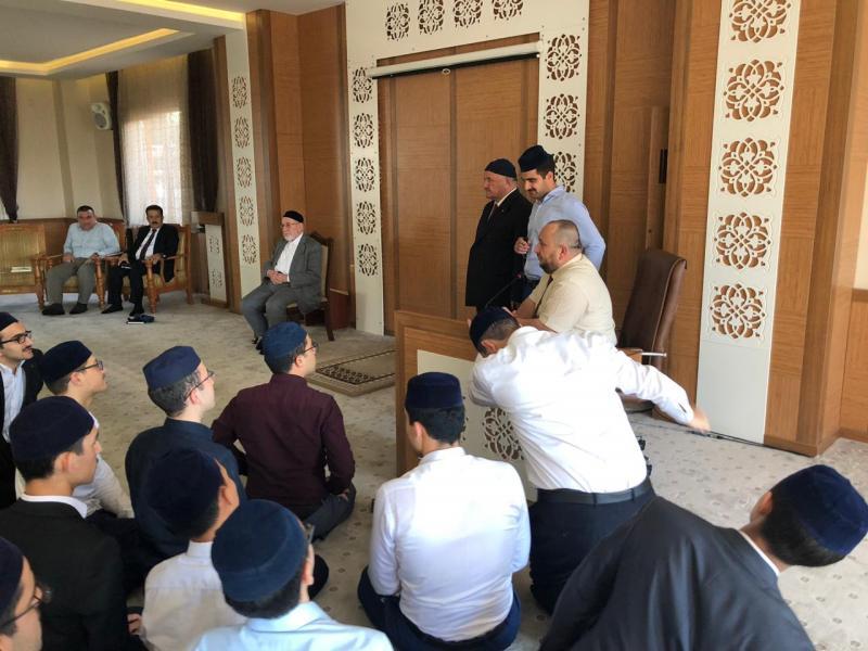 IKB heyeti Süleymancılara ait eğitim kurumlarını geziyor