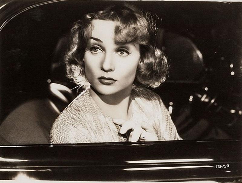 Carole Lombard - IMDb.jpg