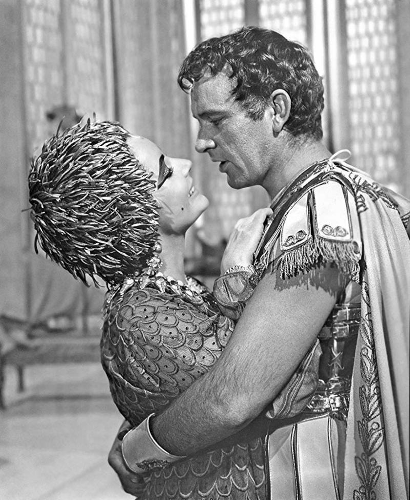 Richard Burton - Elizabeth Taylor - 20th Century Fox.jpg