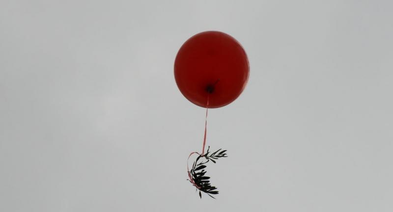 Suriyeli Yetimler 3- balon. Yetim Vakfı..jpg