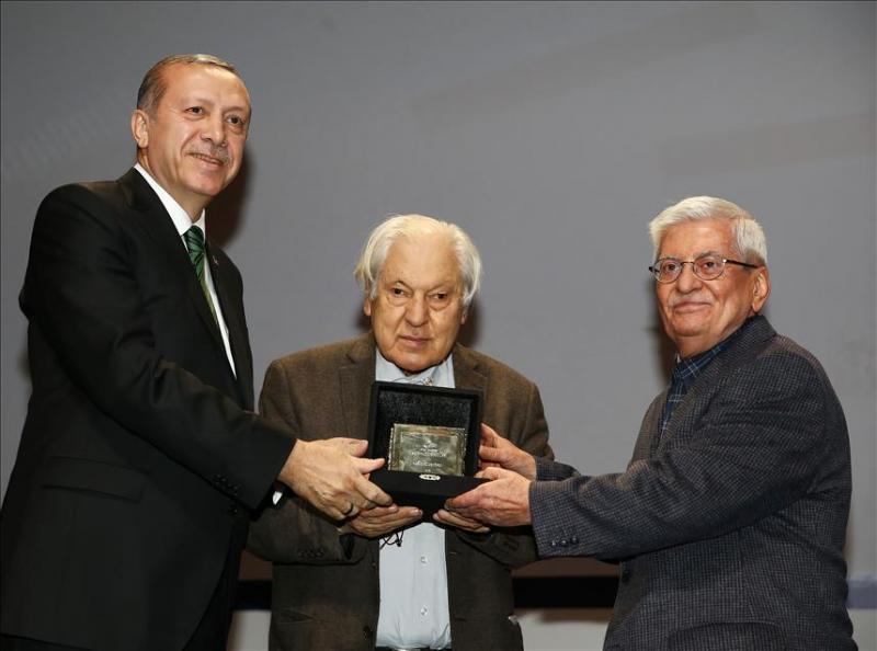 erdogan-pakdil-özdenören AA.jpg