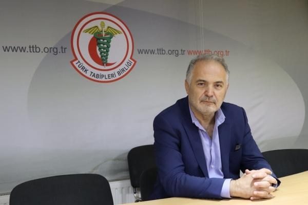 Türk Tabipleri Birliği Merkez Konseyi Başkanı Sinan Adıyaman.jpg