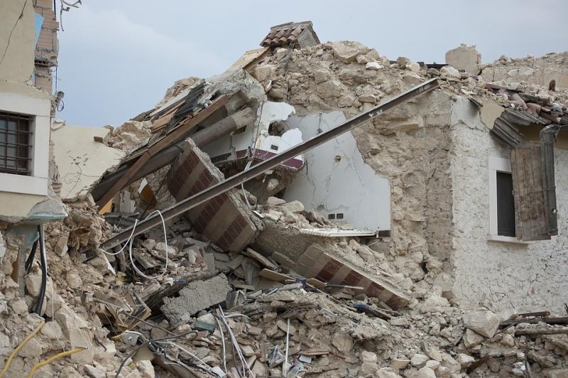 earthquake-1665898_960_720.jpg