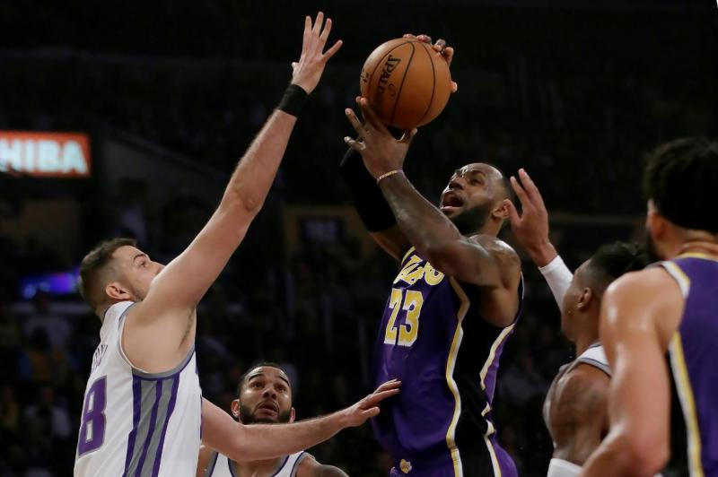 LeBron James - AP Photo.jpg