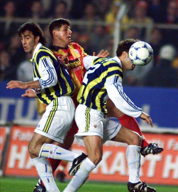 Emre Belözoğlu-9AA.jpg