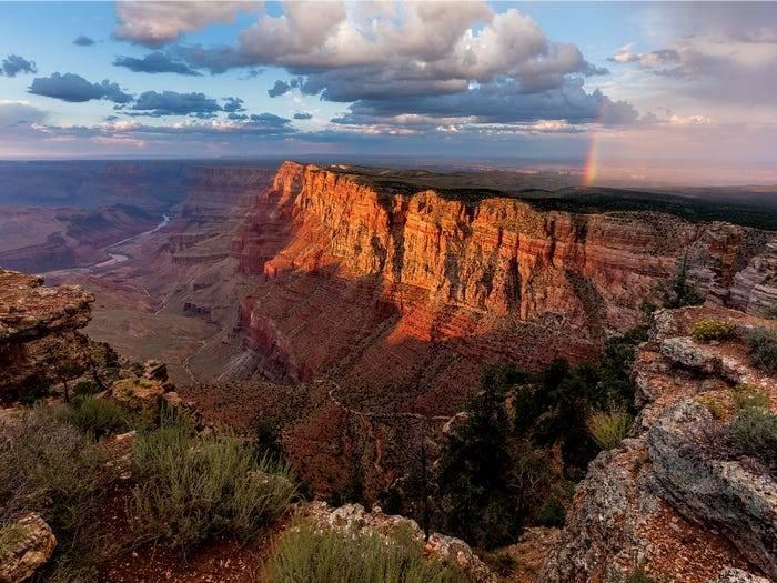 kanyon.jpg