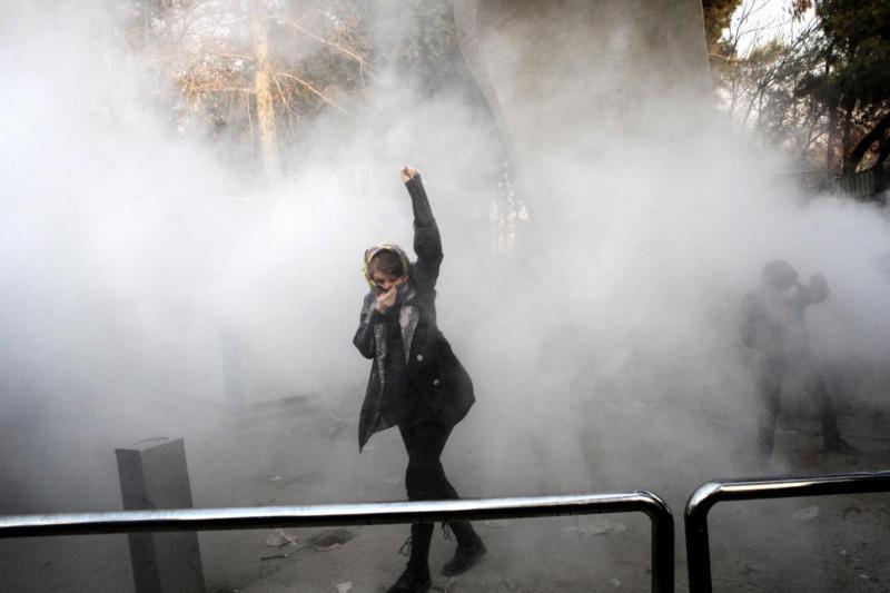 iran kadın eylemci AFP (arşiv).jpg