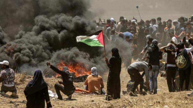 2 filistinli göstericiler AFP.jpg