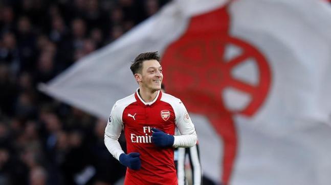 Mesut Özil - Arsenal-Reuters.jpeg