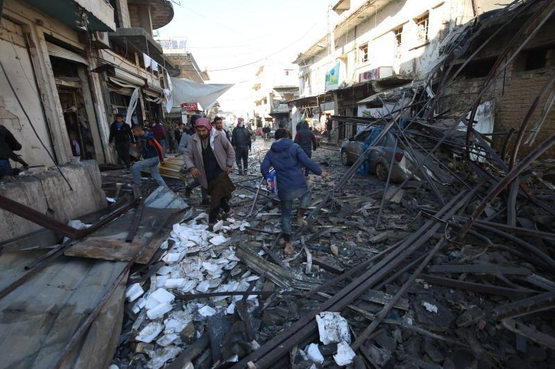 Esad rejimin İdlib'e hava saldırısında 17 kişi öldü