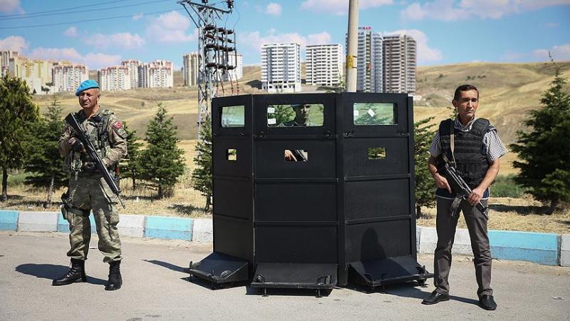 Polis ve Jandarma AA.jpg