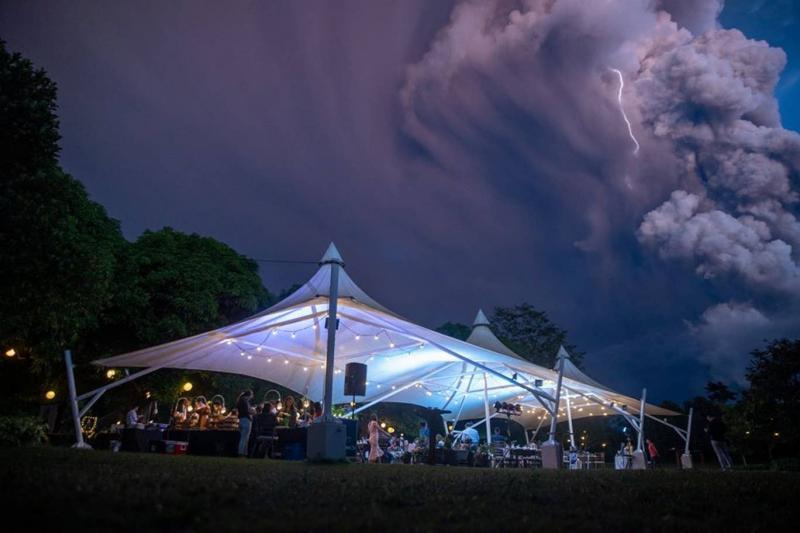 volcano-wedding-3.jpg