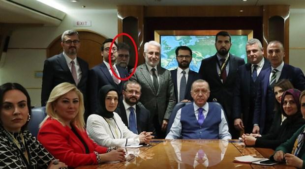 ahmet-hakan-in-erdogan-in-ucagindaki-fotografi-sosyal-medyanin-diline-dustu-677749-1.jpg