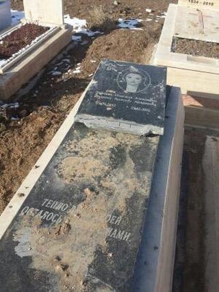 mezarlar2.jpg